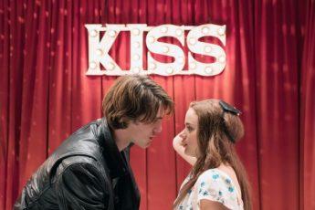 Фильмы серии Будка поцелуев
